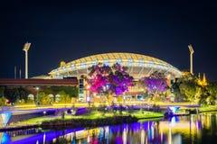 Adelaide-Oval belichtet nachts Stockbilder