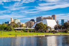 Adelaide-Stadtskyline an einem Tag Lizenzfreie Stockfotografie