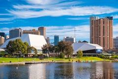 Adelaide-Stadtskyline an einem Tag Stockbild