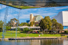 Adelaide-Stadtskyline an einem Tag Lizenzfreie Stockbilder