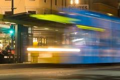 Adelaide tram bij nacht Stock Foto
