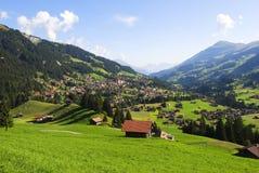 Adelboden-Tal, die Schweiz Stockfotos