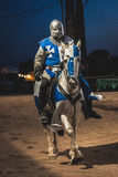Adeln Sie Reitpferdemittelalterliches Festival in Elvas, Portugal Stockfoto