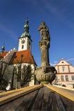 Adeln Sie Ronald auf Brunnen vor Kirche in Tabor, Tschechische Republik Lizenzfreie Stockfotos