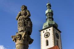 Adeln Sie Ronald auf Brunnen vor Kirche in Tabor, Tschechische Republik Lizenzfreies Stockbild