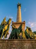 Adelt Statuen, Held-Quadrat, Budapest Lizenzfreie Stockfotos