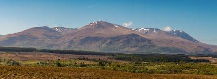 Adembenemend landelijk berglandschap Schotland royalty-vrije stock afbeeldingen