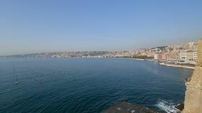Adembenemend panorama van de kust van Napels en Middellandse Zee, landschap stock footage