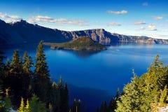 Adembenemend Vulkanisch Meer, Oregon, U S royalty-vrije stock afbeeldingen