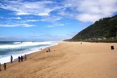 Adeptes de la plage sur Brighton Beach, Durban Afrique du Sud photo libre de droits