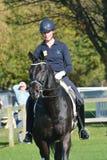 Adestramento praticando da mulher justa equestre de East Anglia Fotografia de Stock Royalty Free