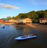 Adiós nativo de las casas el mar, Sabah, Malasia Foto de archivo libre de regalías