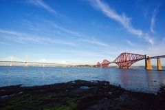 Adiante ponte sob um céu original Imagens de Stock