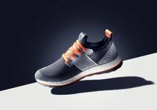 Adidas鞋子 库存照片