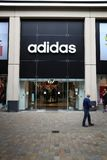 Adidas Großbritannien Stockbilder