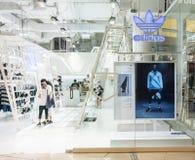 Adidas kaufen bei Mega- Bangna, Bangkok, Thailand, am 18. Oktober 2017 Lizenzfreies Stockbild