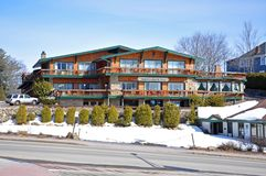 Adirondack-Gasthaus im Lake Placid, NY, USA Stockfoto
