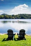 Adirondack stolar Arkivfoton