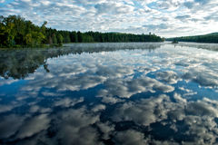 Adirondck Sonnenaufgang-Reflexionen Lizenzfreie Stockfotografie