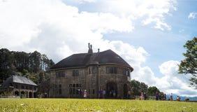 Adisham Hall, Sri Lanka - April 17 2018: Adisham berömt landshus nära Haputale, i det Badulla området Royaltyfria Bilder