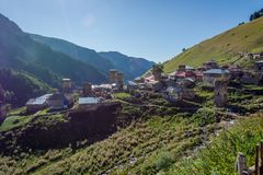 Adishi-Dorf, Svaneti, Georgia Lizenzfreies Stockbild
