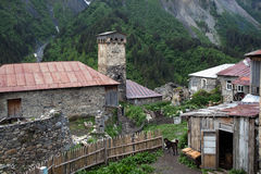 Adishi-Dorf in Svaneti, Georgia Stockbilder