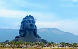 Adiyogi shivastaty av den Coimbatore Tamil Nadu Indien arkivbild