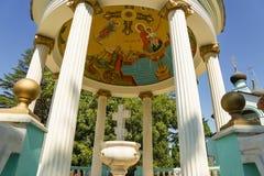 ADLER, SOTCHI, RUSLAND - SEPTEMBER 17 2012: Vodolatskii de koepel van de rotonde in de Kerk van de Heilige Drievuldigheid in het  Royalty-vrije Stock Foto