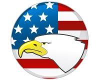 Adler und amerikanische Flagge Lizenzfreie Stockfotografie