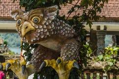 Adlerstatue in einem Tempel Lizenzfreie Stockbilder