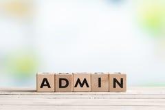 Admin-Anmeldungszeichen auf einer Tabelle Stockbilder