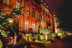 Administrativa byggnader för Vita Huset i natten Arkivfoton