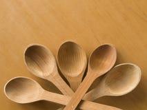 administre en bois à la cuillère images stock
