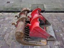 Administrer : deux becs d'une excavatrice image libre de droits