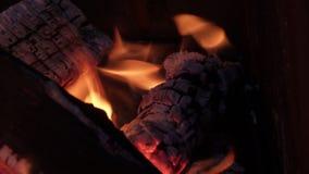 Admirablement brûlant ouvre une session le gril photographie stock