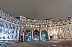 Admiralitäts-Bogen in London, England Lizenzfreie Stockfotos