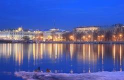 Admiralitäts-Damm, die Einsiedlerei, St. Petersburg, Russland Lizenzfreie Stockfotos