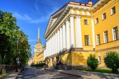 Admiralitäts-Gebäude, St Petersburg, Russland Lizenzfreie Stockbilder