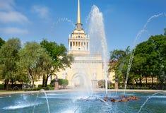 Admiralitäts-Gebäude von St Petersburg, Russland Lizenzfreie Stockfotografie