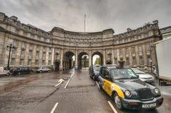 Admirality-Bogen, London, Großbritannien Stockbild