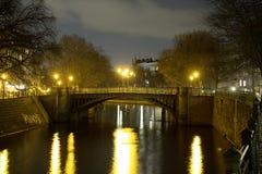 Admiralsbrà ¼ cke Kreuzberg Berlin przy nocą Obrazy Royalty Free