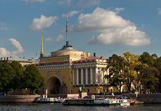 Admiralty building in Saint Petersburg Stock Images