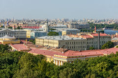 Admiralty building in St. Petersburg Royalty Free Stock Images