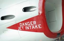 Admission d'avion à réaction de danger. Image libre de droits