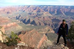 Admitir la belleza cruda de Grand Canyon Fotografía de archivo