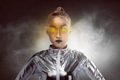Ładna azjatykcia kobieta jest ubranym lateksowego kombinezon Obraz Stock