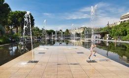 Ładna dancingowa fontanna zdjęcie royalty free