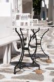 Żadny chwiejni stoły w Naoussa zdjęcia stock