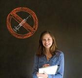 Żadny lek kobieta na blackboard tle Zdjęcia Royalty Free