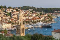 Ładny miasto Hvar w Hvar wyspie w Chorwacja Zdjęcia Stock
